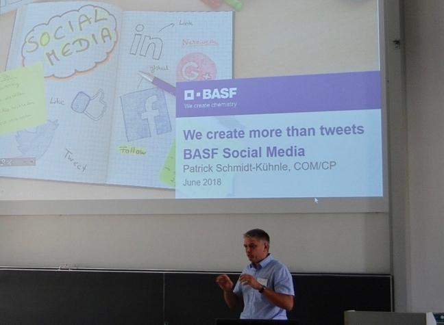 Präsentation guter Social-Media-Posts von Patrick Schmidt-Kühnle