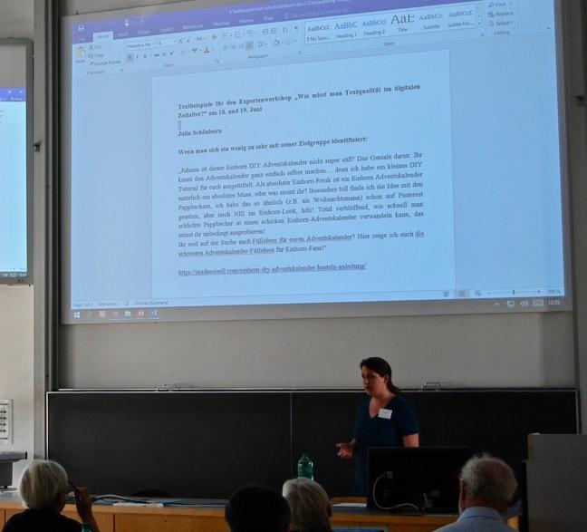 Präsentattion schlechter Blogtexte von Julia Schönborn